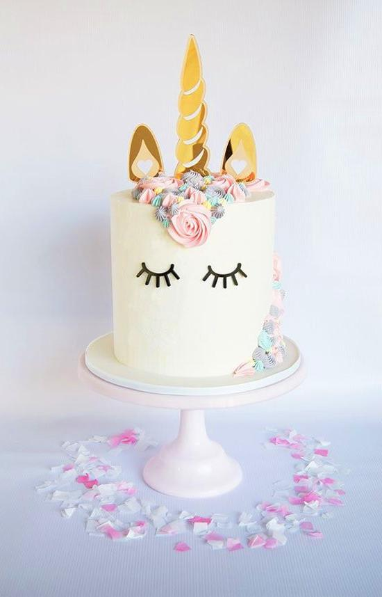 60 Simple Unicorn Cake Design Ideas