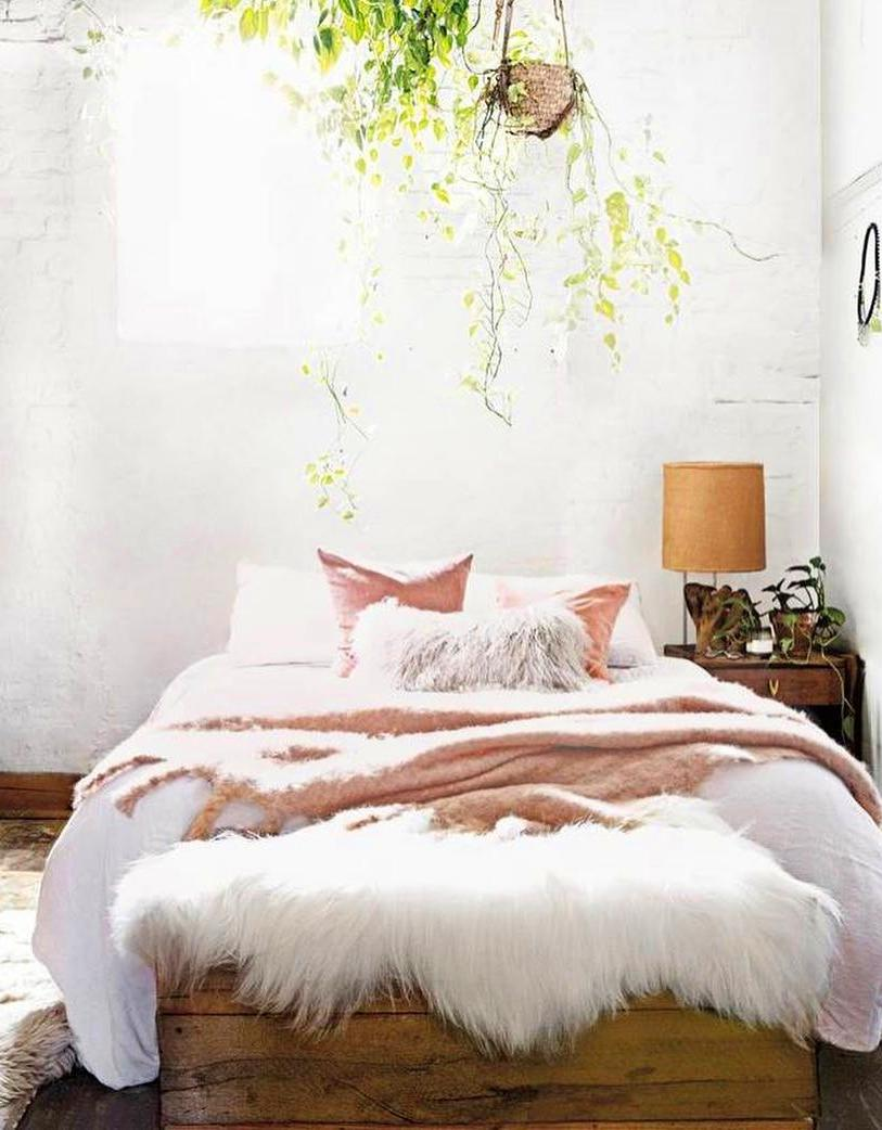 60+ Cozy Home Decorating Ideas For Girls Bedrooms #bedroomideas #bedroomdecor #bedroomdesign #homedecor