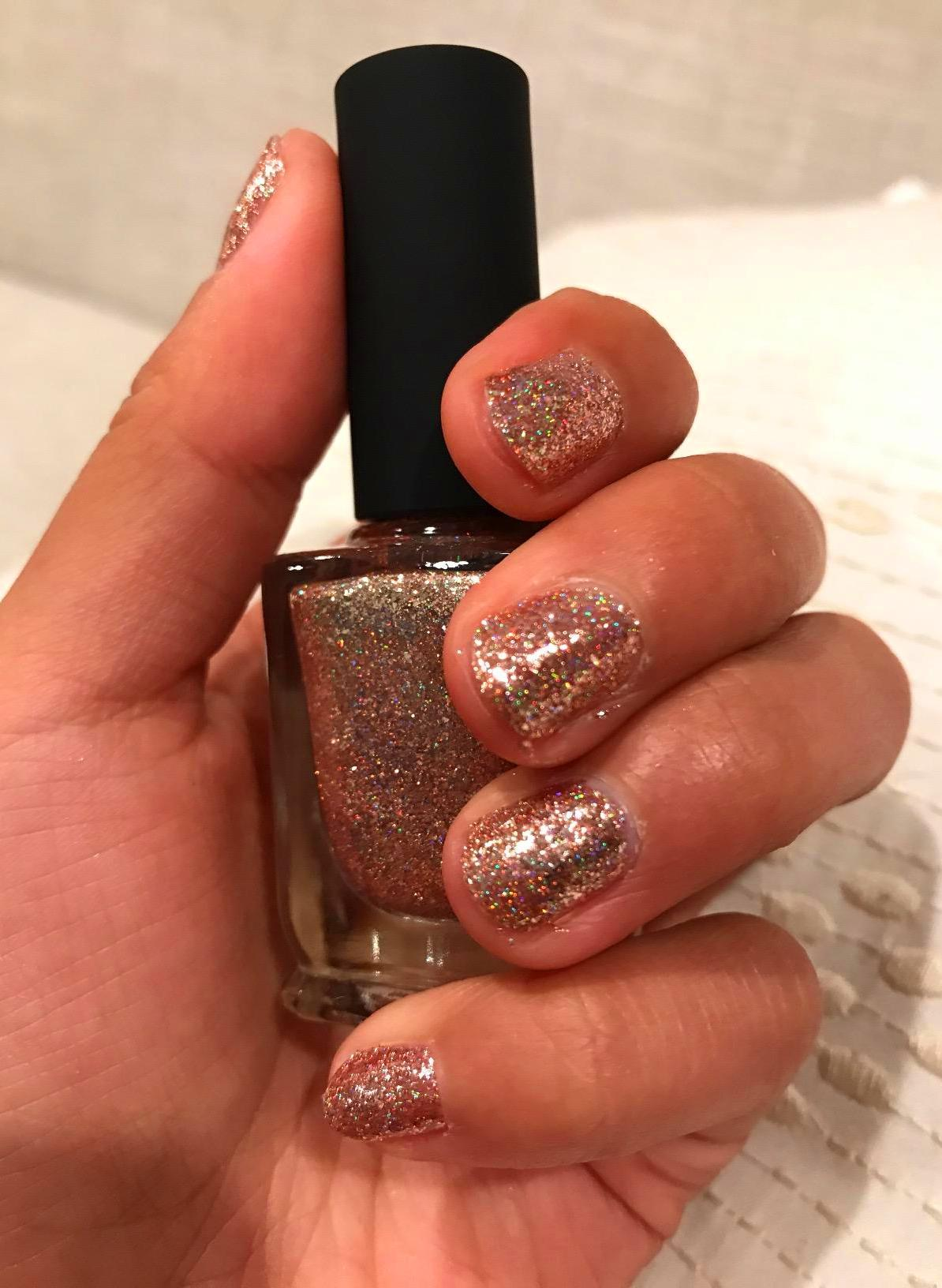 25 Most Eye Catching Rose Gold Nails To Copy