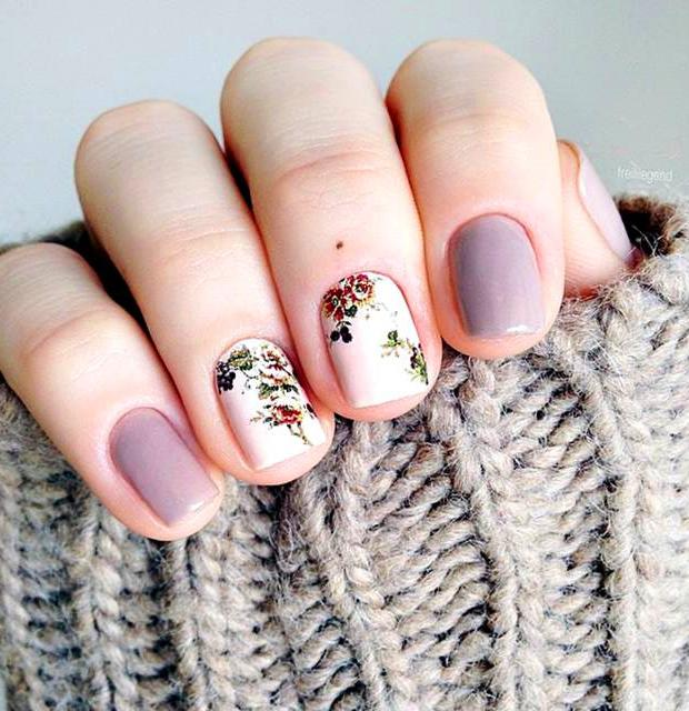 50 Super Pretty Floral Nail Designs