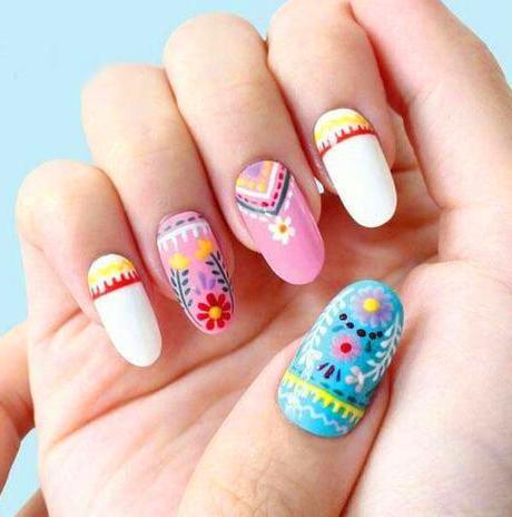 50 Super Pretty Floral Nail Designs
