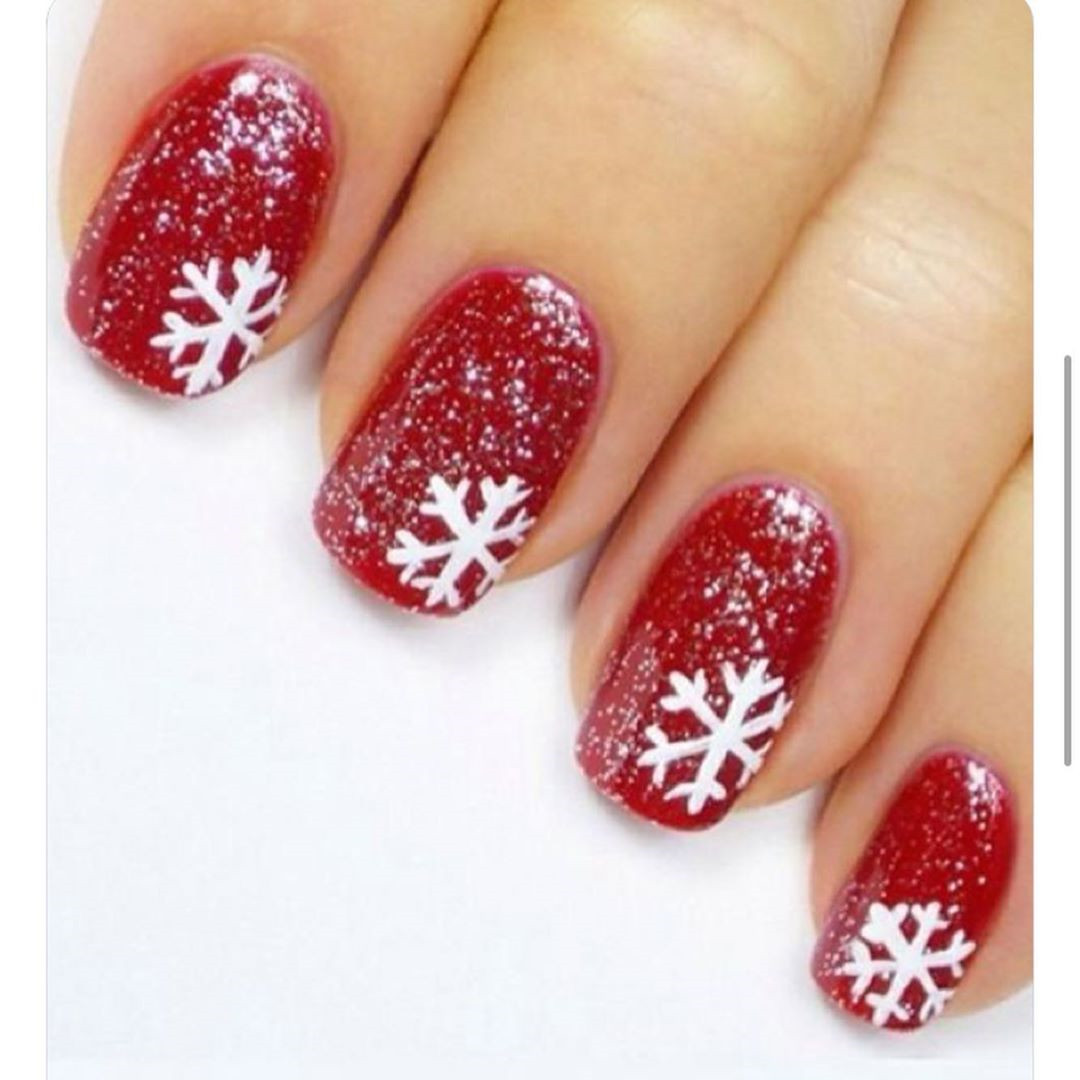 50+ Popular Festive Christmas Nail Art Design Ideas #Christmas #ChristmasNail