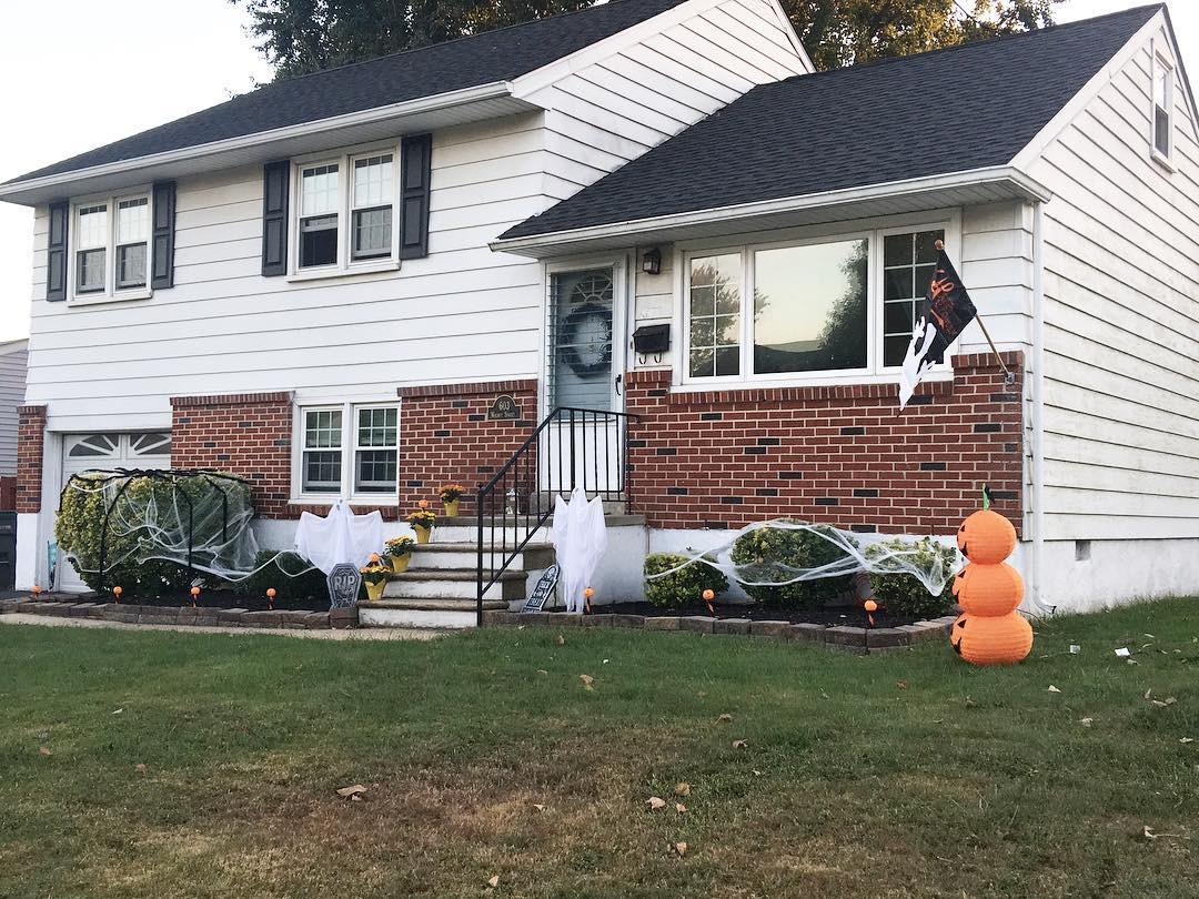 36 DIY Halloween Decorating Ideas Outdoors