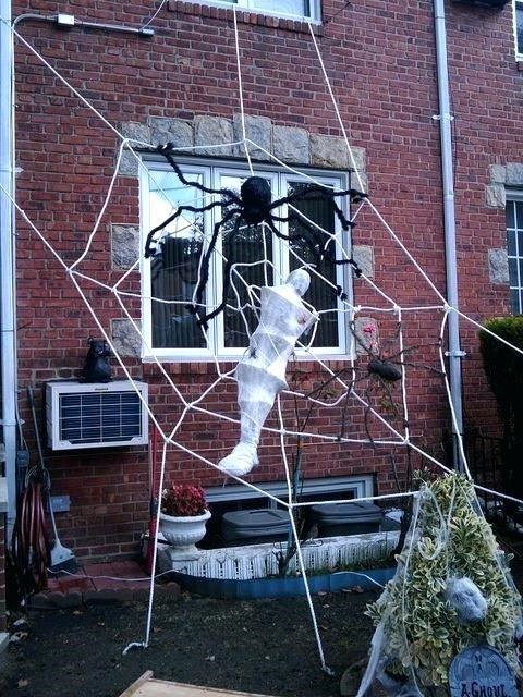 45 DIY Spider Halloween Decoration Ideas
