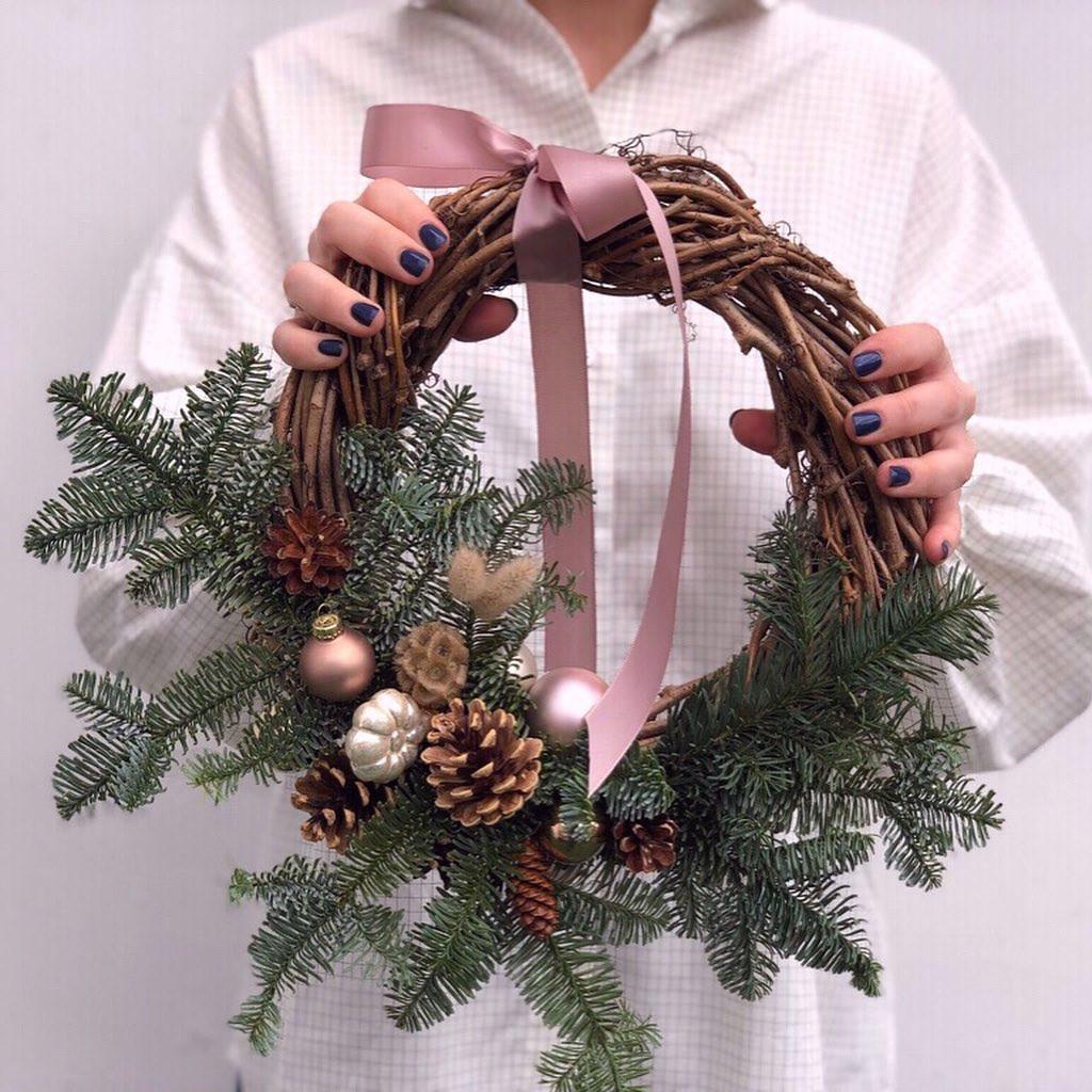 50 DIY Christmas Wreath Ideas On A Budget
