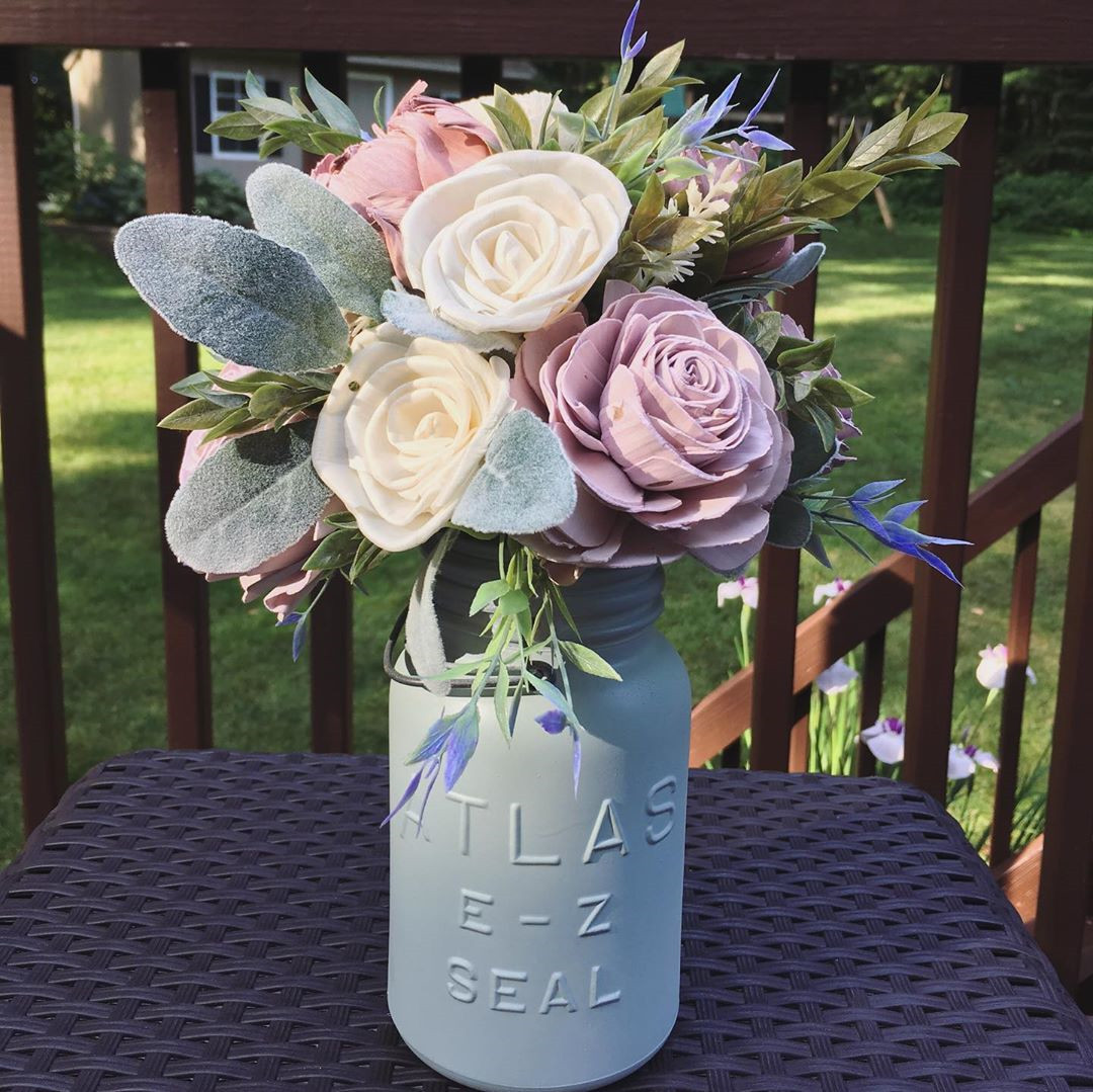 Beautiful Mason Jar Wedding Ideas Centerpieces,Mason Jar,Mason Jar Wedding,wedding mason jars flowers,mason jars flowers