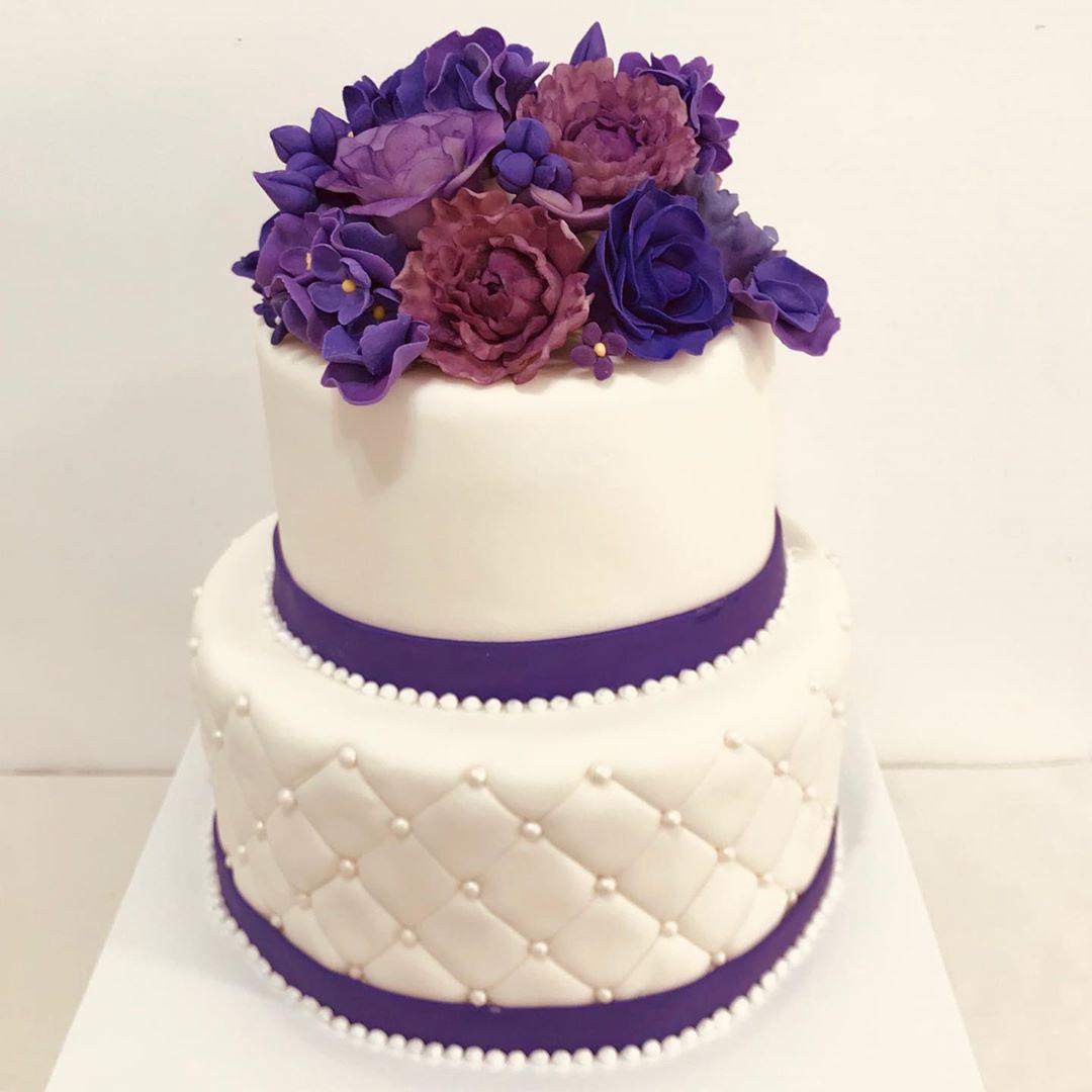 Best Purple Wedding Cakes ideas You Want Tried Yet,purple wedding cake with cupcakes,3 tier purple wedding cake,purple and black wedding cakes,purple and silver birthday cake,purple and blue wedding cake