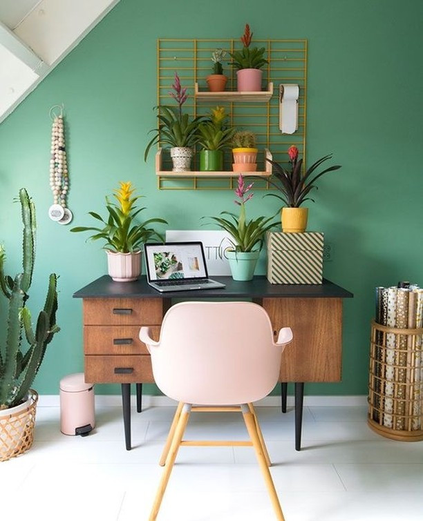 55 Home Office Ideas That Will Make You Want to Work,home office ideas for her,home office ideas pinterest,modern home office ideas,home office ideas for him