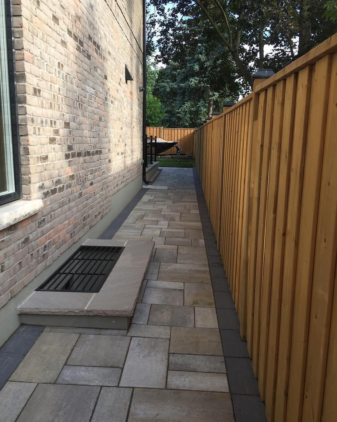 50 Stone Walkway Ideas for Homes and Gardens,walkway ideas on a budget,walkway ideas for front of house,simple front walkway ideas,front entry walkway ideas